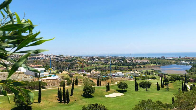 Los Flamingos: Oasis of Golf and Luxury in Benahavís