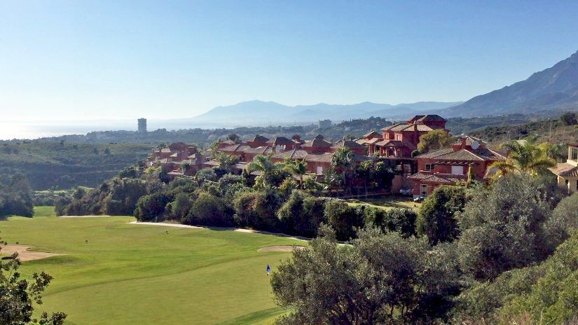 Santa Clara, townhouses et villas de luxe à Marbella Est