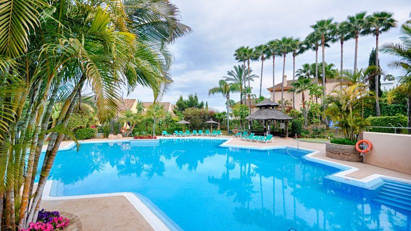 Golf Gardens, apartments and penthouses in Rio Real, Marbella East